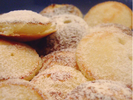 Clatite olandeze (Dutch Poffertjes)